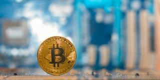 Moeda do btc da mineração, dinheiro digital, bitcoin e e outros cryptocurrencies foto de stock
