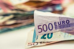 Moeda do euro das cédulas do dinheiro do Euro euro- Euro- bankno fraco de encontro Fotos de Stock