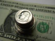 Moeda dos E.U. de Bill e de mudança Fotografia de Stock