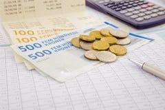 Moeda e papel moeda de Dinamarca Foto de Stock