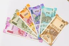 A moeda indiana nova nota todas as denominações imagens de stock
