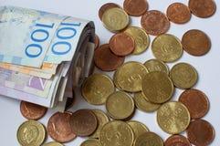 Moeda sueco, coroas, moedas e contas fotos de stock royalty free