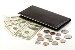 Moedas das contas e livro de verificação Imagem de Stock Royalty Free