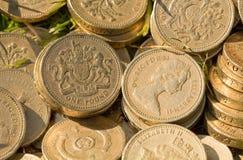 Moedas de libra inglesas Fotos de Stock