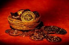 Moedas de ouro fotos de stock royalty free