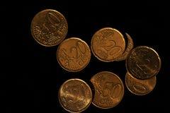 Moedas de ouro do Euro de cima de foto de stock royalty free