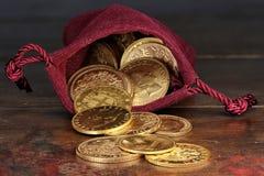 Moedas de ouro europeias da circulação fotografia de stock royalty free