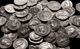 Moedas de prata autênticas de Roma antiga Imagens de Stock Royalty Free