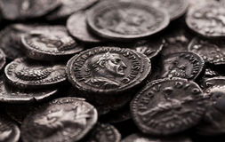 Moedas de prata autênticas de Roma antiga Foto de Stock Royalty Free
