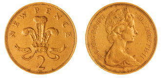 2 moedas de um centavo 1971 inventam isolado no fundo branco, Grâ Bretanha Fotos de Stock Royalty Free