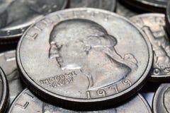Moedas do close up diferente das denominações Foto macro Imagens de Stock Royalty Free
