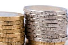 Moedas do Euro em um fundo branco Imagem de Stock Royalty Free