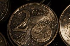 Moedas do Euro no isolamento Foto de Stock