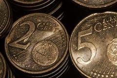 Moedas do Euro no isolamento Foto de Stock Royalty Free