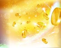 Moedas douradas e moedas do casino que voam para fora Fotografia de Stock Royalty Free