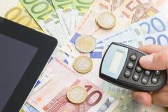 Moedas e cédulas do Euro imagem de stock royalty free