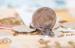 Moedas e cédulas dos rublos de russo Foto de Stock Royalty Free