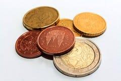Moedas europeias de denominações diferentes Imagens de Stock