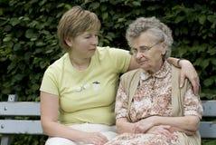 Moeder & dochter royalty-vrije stock afbeeldingen