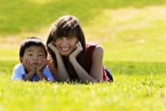 Moeder & Zoon Stock Foto