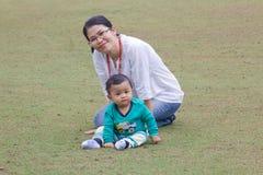 Moeder en baby. Royalty-vrije Stock Afbeelding