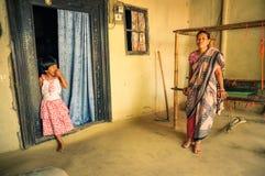 Moeder en dochter in Bangladesh Royalty-vrije Stock Afbeeldingen