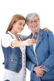 Moeder en dochter die foto van zich nemen Royalty-vrije Stock Afbeelding