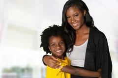 Moeder en Dochter samen royalty-vrije stock afbeelding