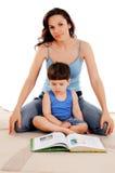 Moeder en haar zoon Royalty-vrije Stock Afbeelding