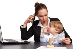Moeder en kind bij het werkreeks image11 Royalty-vrije Stock Afbeeldingen