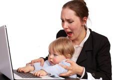 Moeder en kind bij het werkreeks image15 Stock Fotografie