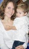 Moeder en zoon thuis Royalty-vrije Stock Foto