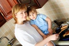 Moeder met haar dochter Stock Foto's