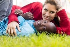 Moeder met haar kind Royalty-vrije Stock Fotografie