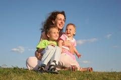 Moeder met kinderen royalty-vrije stock afbeelding