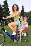Moeder met kinderen royalty-vrije stock fotografie