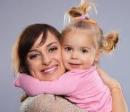 Moeder met weinig dochter Stock Afbeelding