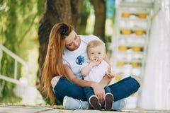 Moeder met zoon royalty-vrije stock foto