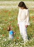 Moeder met zoon Stock Afbeeldingen