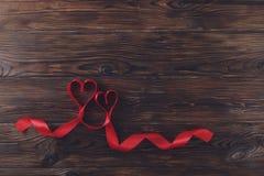 Moeder` s Dag, Vrouwen` s Dag, Huwelijksdag, Gelukkige st Valentijnskaartendag, 14 Februari-concept Uitstekende liefdesymbolen, r Stock Afbeeldingen