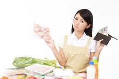 Moeilijke Aziatische huisvrouw stock afbeelding