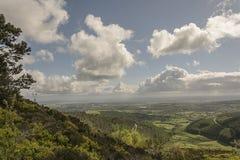 Moel-famau, welches die Ansicht einläßt Stockbilder