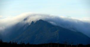Moel Siabod sous le nuage Image libre de droits