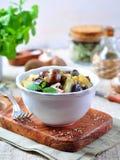Moela fritadas do pato com batatas, cogumelos e alho-porro Culinária francesa Fotos de Stock Royalty Free