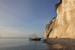 Moens Klint在一个夏天早晨 石灰石峭壁在丹麦 免版税图库摄影