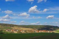 MOENSHEIM, PFORZHEIM, DUITSLAND - April 03 2015: Monsheim is een stad binnen in het district van Enz in Baden-Wuertemmberg Royalty-vrije Stock Foto's