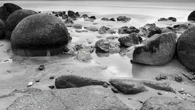 Moeraki冰砾,新西兰 免版税库存照片
