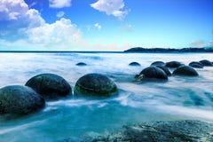 moeraki новый Тихий океан zealand свободного полета валунов Стоковое фото RF