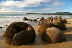 Moeraki boulders Royalty Free Stock Images
