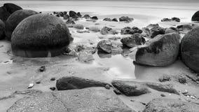 Moeraki stenblock, Nya Zeeland royaltyfria foton